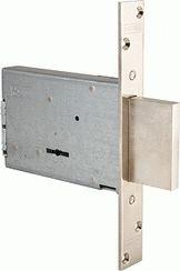 Замок врезной сувальдный MOTTURA 40.701.60 (с отв. планкой, без накладок) ключ 36мм