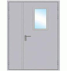 Металлическая противопожарная дверь двустворчатая остеклённая
